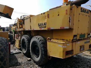 ماكينة لصقل الأسفلت SAKAI ER500F